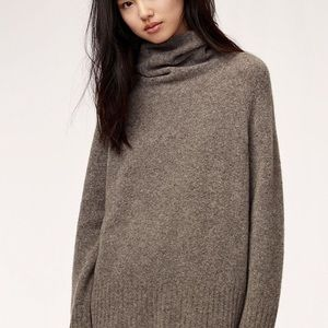 Aritzia Plutarch Sweater size small brown